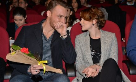 Kerem Bursin ve Farah Zeynep'ten yeni film