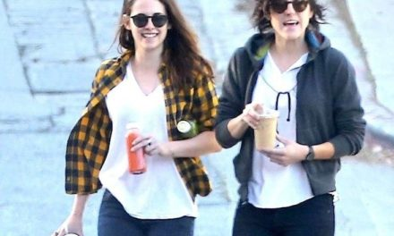 Kristen Stewart lezbiyen sevgilisine döndü