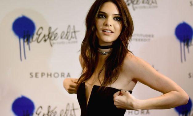 Akne eleştirisi Kendall Jenner'ı çok üzdü!