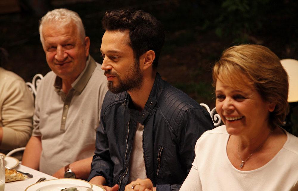 Annesi Murat Boz'un eleştirilmesine dayanamadı!