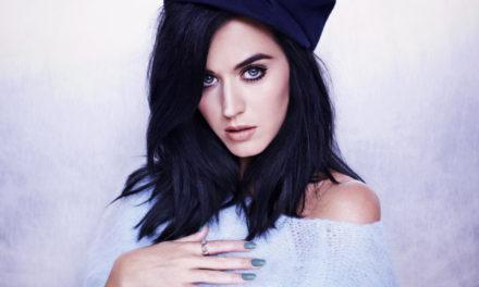 Katy Perry'den Hillary Clinton'a çıplak destek