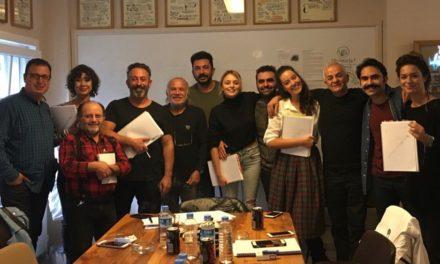Cem Yılmaz'dan genç yönetmenlere destek