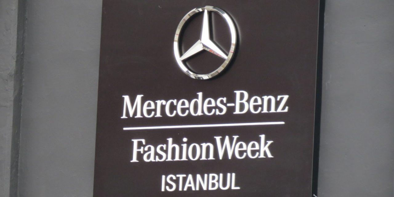 İstanbul Fashion Week'te Sinan Akçıl rüzgarı