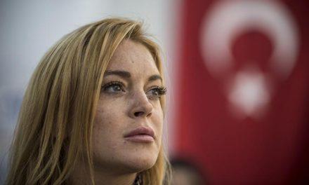 Lindsay Lohan'dan Türkiye'ye destek