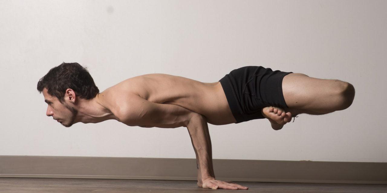 İşte yoga yaparak formda kalan ünlüler…