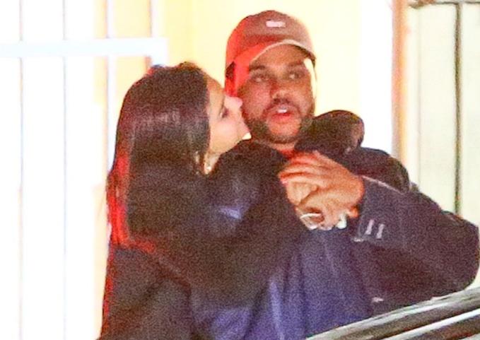 Selena Gomez ve The Weeknd ayrıldı