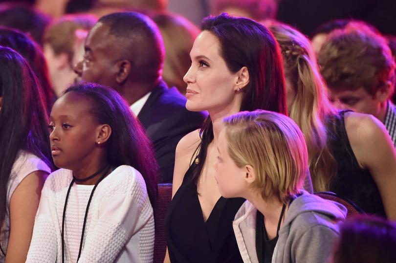 Angelia Jolie evlatlık kızı Zahara'yı kaybediyor mu?