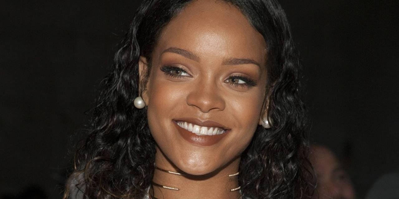 Rihanna'ya Türk mermerinden heykel!