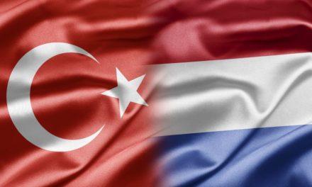 Türk ünlülerden Hollanda'ya sert tepki