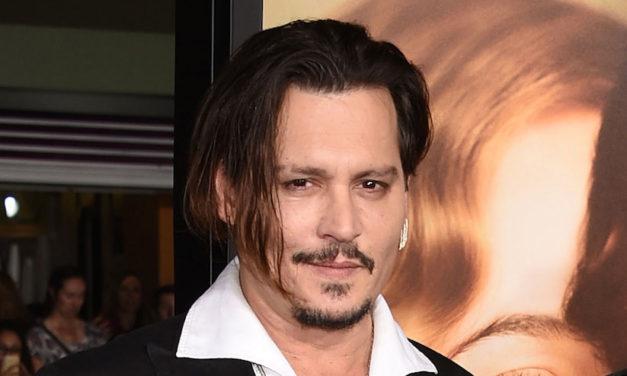 Johnny Depp rollerini hiç ezberlememiş!