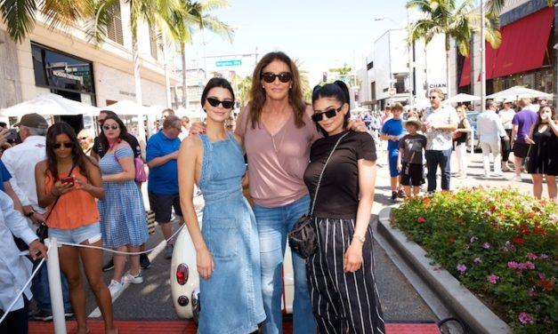 Caitlyn Jenner Babalar Günü'nü kızlarıyla kutladı